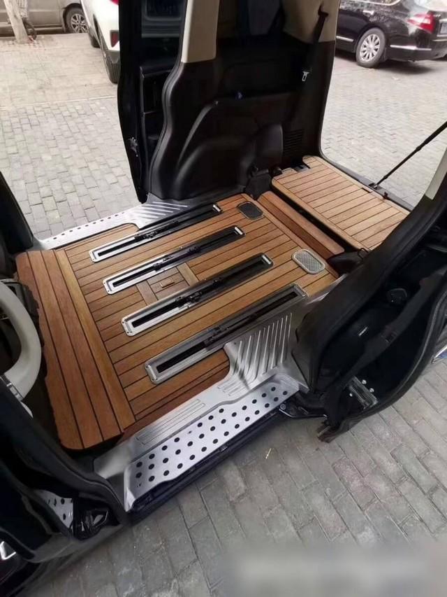 Lót sàn gỗ xe ô tô cao cấp cho dòng xe sang
